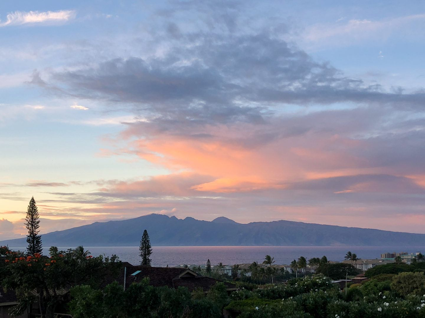 where to stay on maui, by travel blogger What The Fab