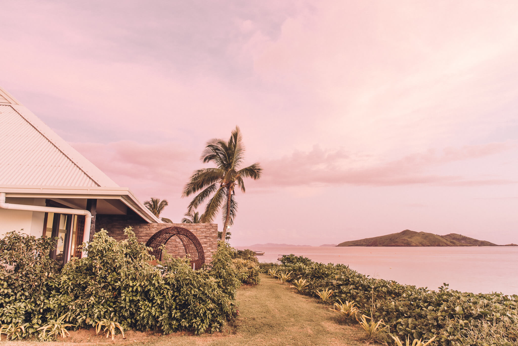Travel | Postcards from Tokoriki, Fiji featured by top San Francisco travel blog What The Fab