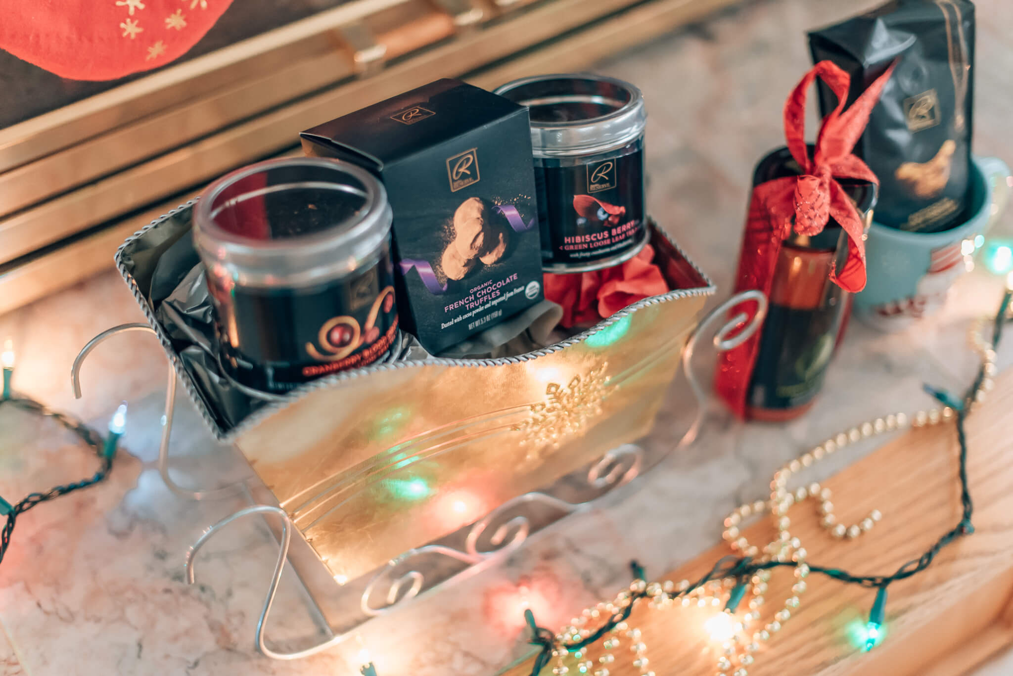 Safeway | Unique Holiday Gift Baskets with Signature RESERVE featured by top San Francisco life and style blog What The Fab