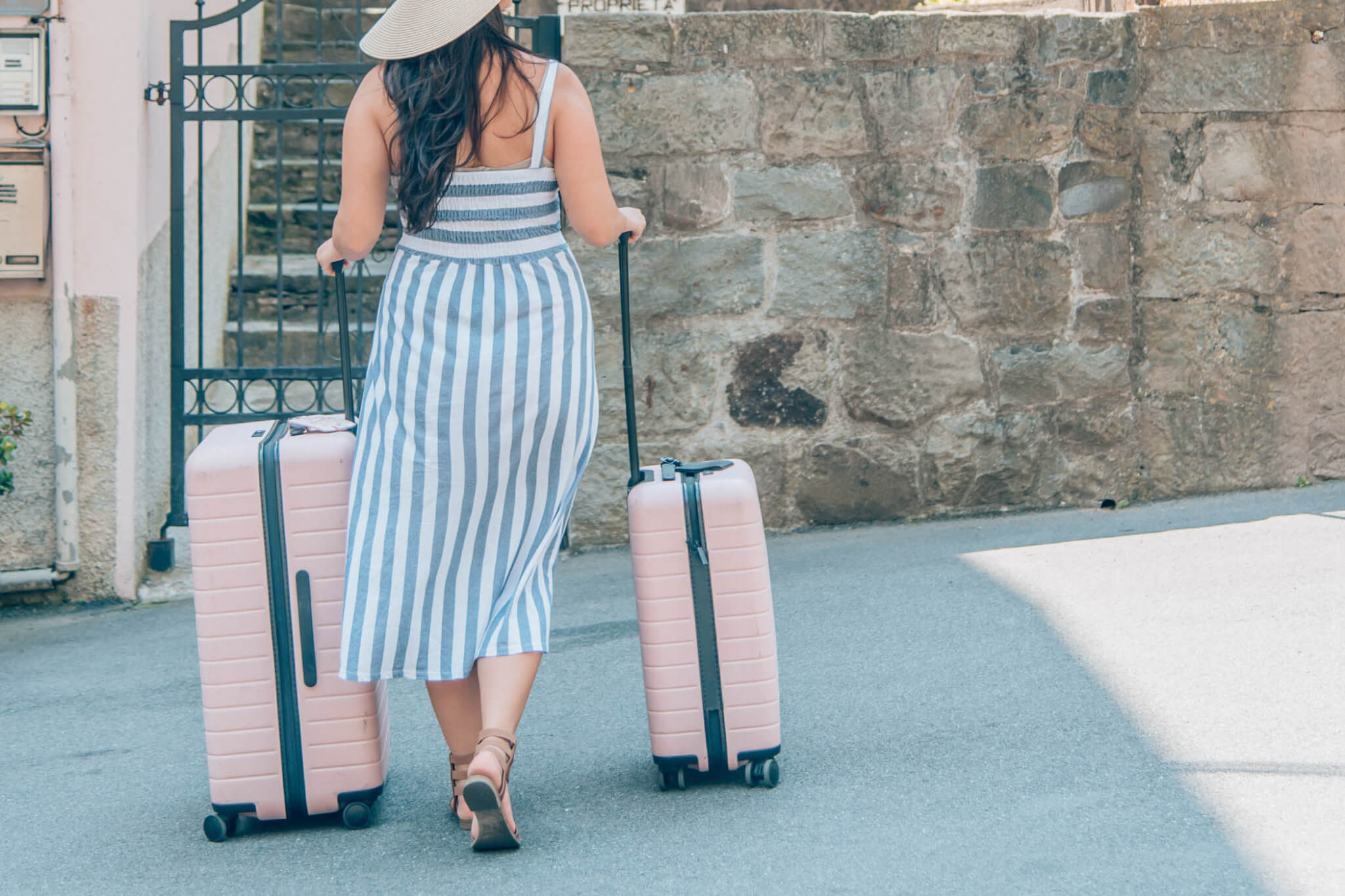 Clothing Packing List for Europe Summer Vacay