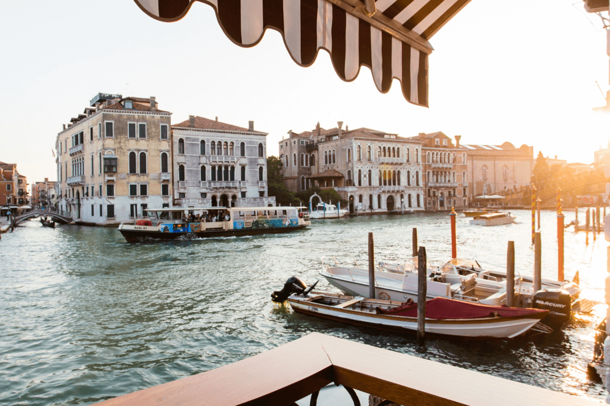 The Best Venice Airbnbs