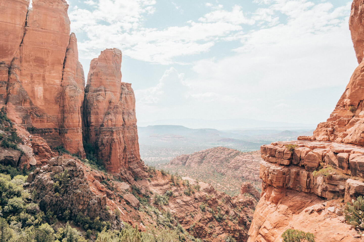 The best hikes in Sedona, Arizona by top travel blogger What The Fab