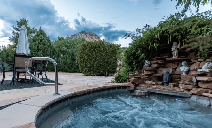 14. Corona House with Hot Tub and Fire Pit