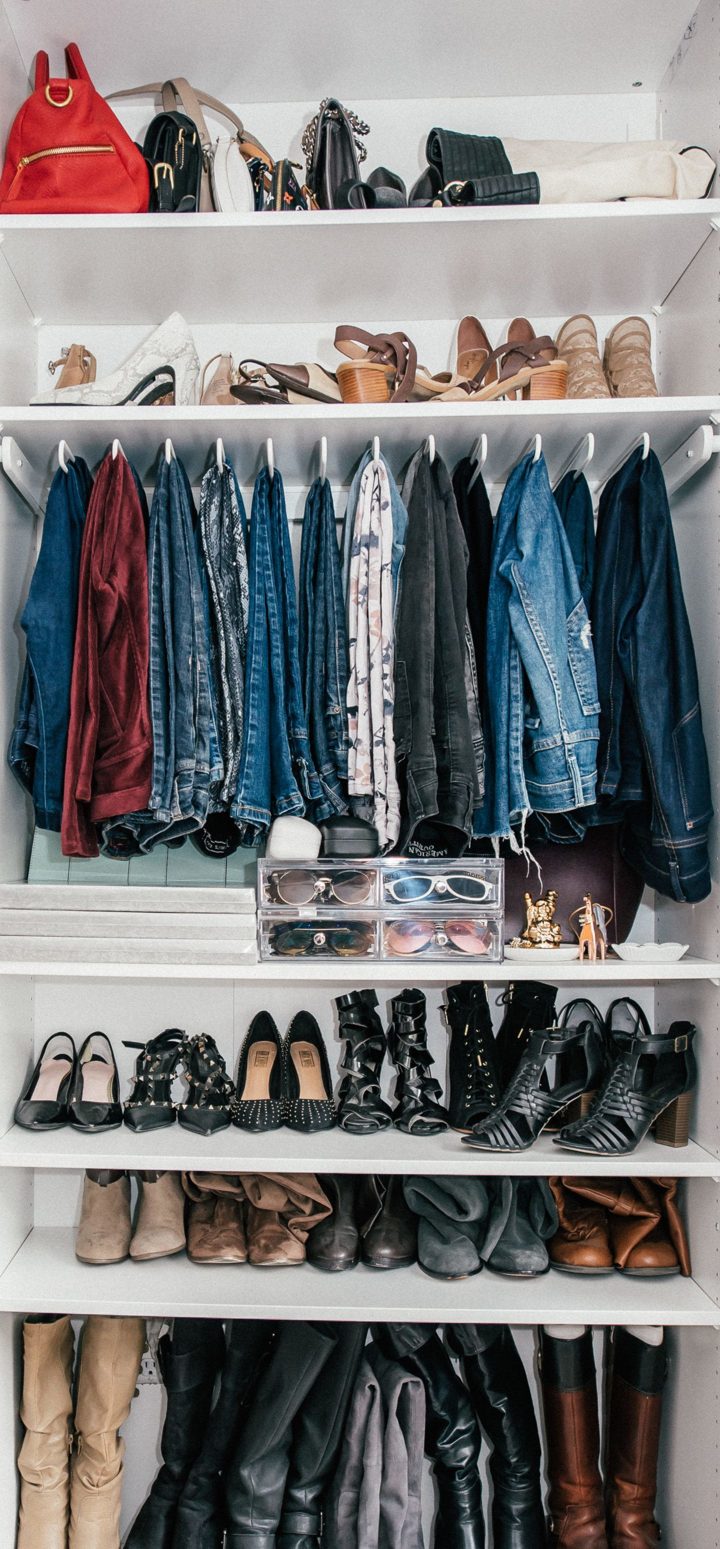 How to declutter fast, by lifestyle blogger What The Fab