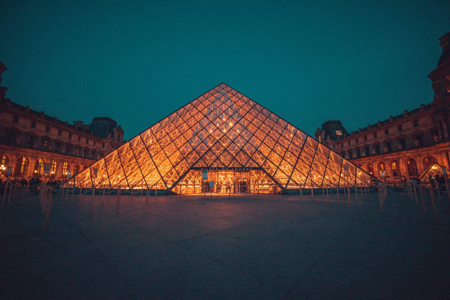 Best Places to Visit in Paris in 2 Days, by Travel Blogger What The Fab
