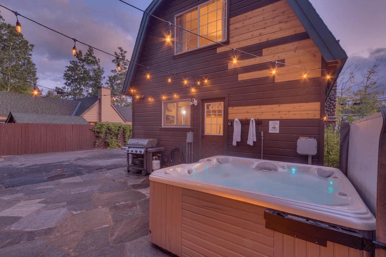 The Best Lake Tahoe Airbnbs