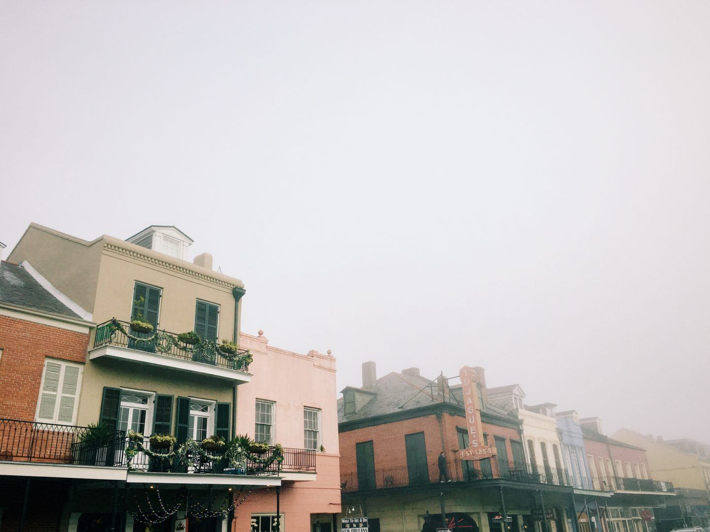 New Orleans Itinerary, by Travel Blogger What The Fab