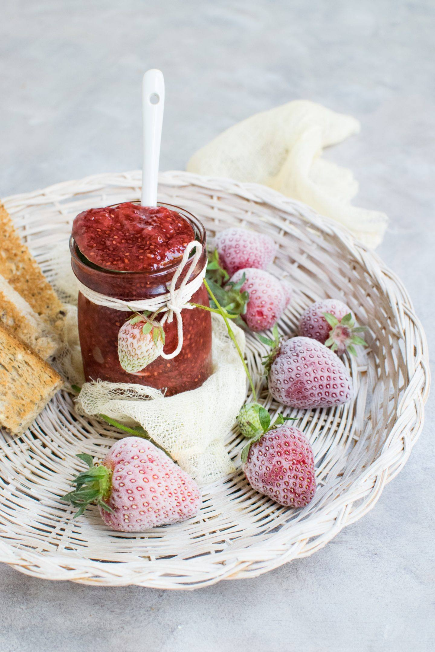 Summer jam recipes, by lifestyle blogger What The Fab