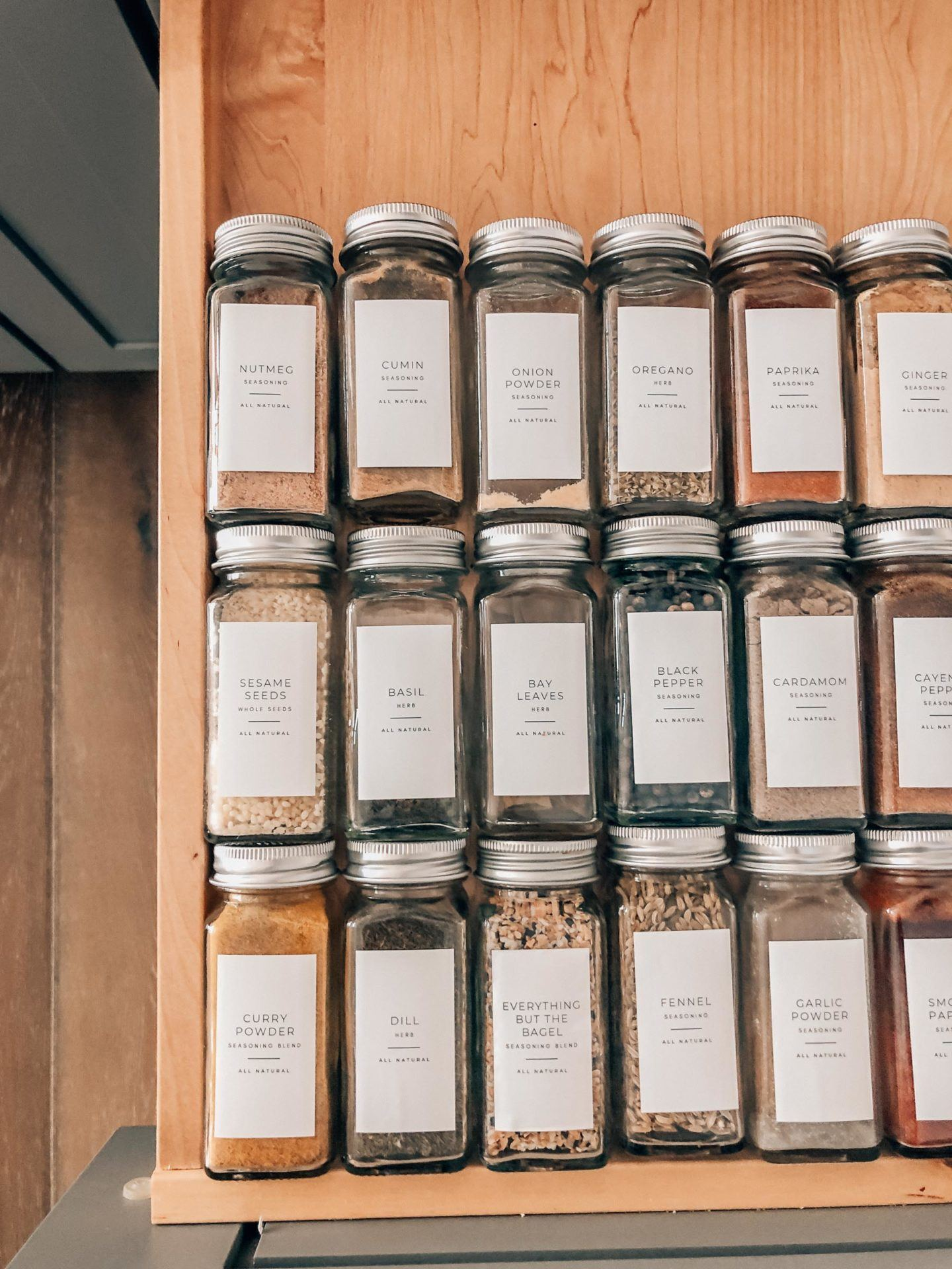 How to make your spice drawer aesthetic, by lifestyle blogger What The Fab