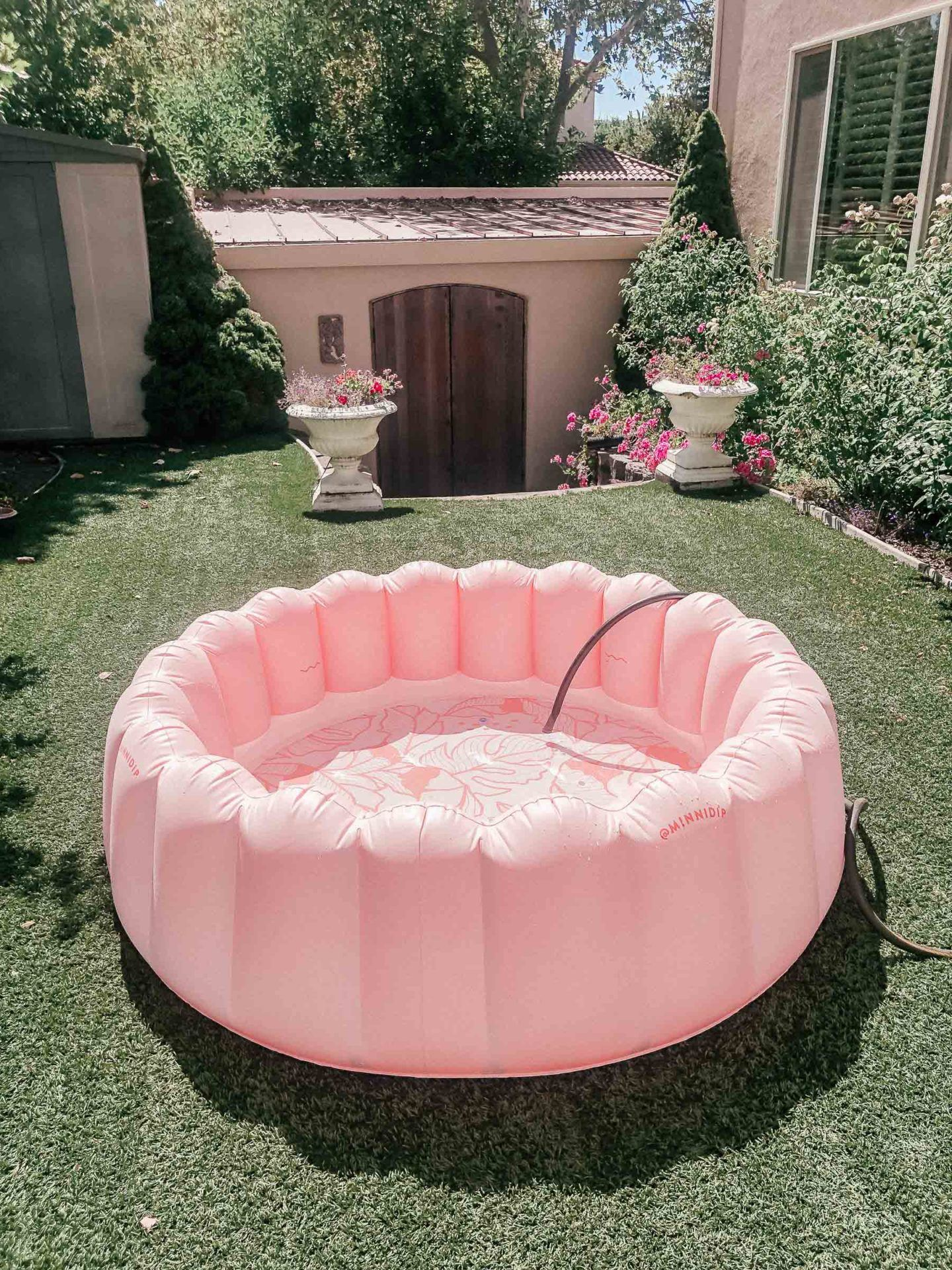 Cute adult inflatable pools, by lifestyle blogger What The Fab