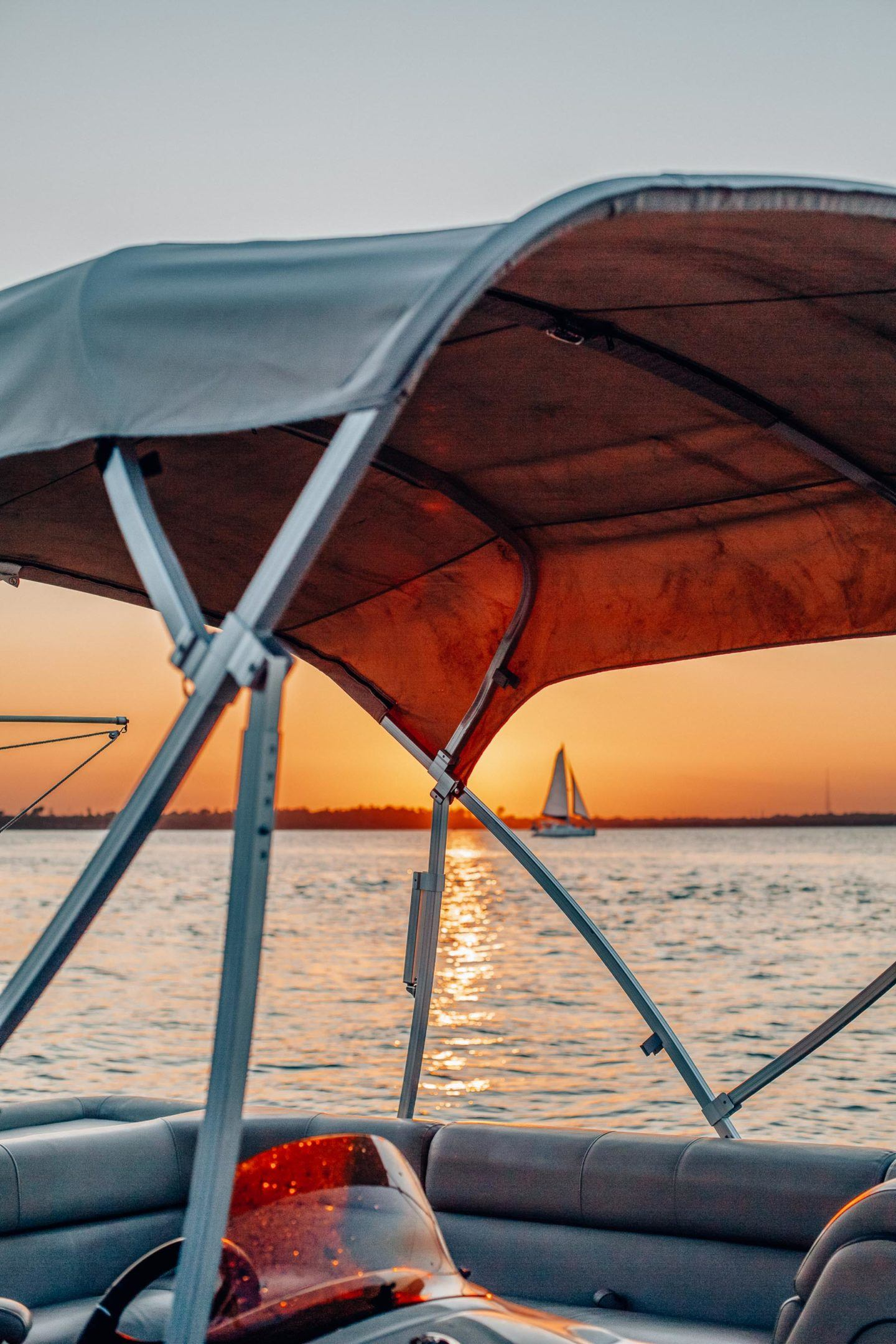 Romantic things to do in Charleston SC, by travel blogger What The Fab