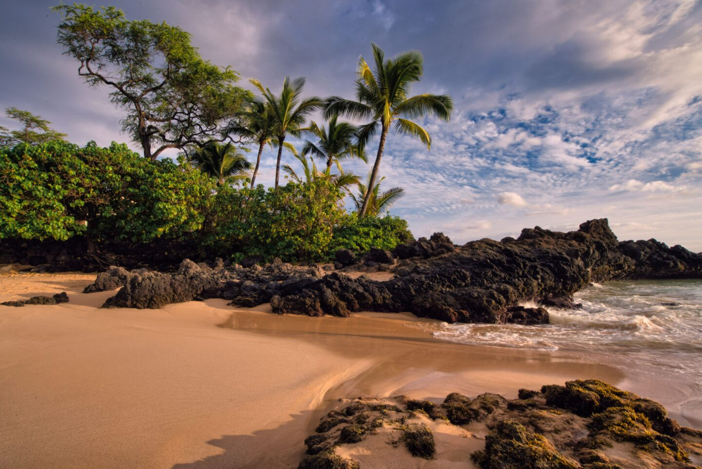 Best beaches in Kihei, by travel blogger What The Fab