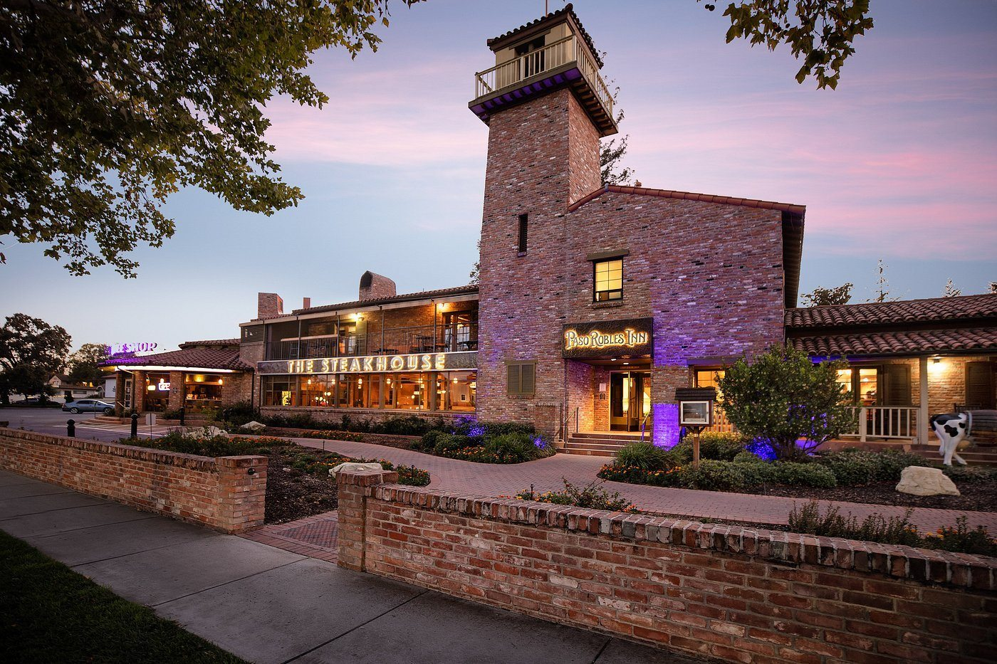 The Best Places to Stay in Paso Robles, by Travel Blogger What The Fab