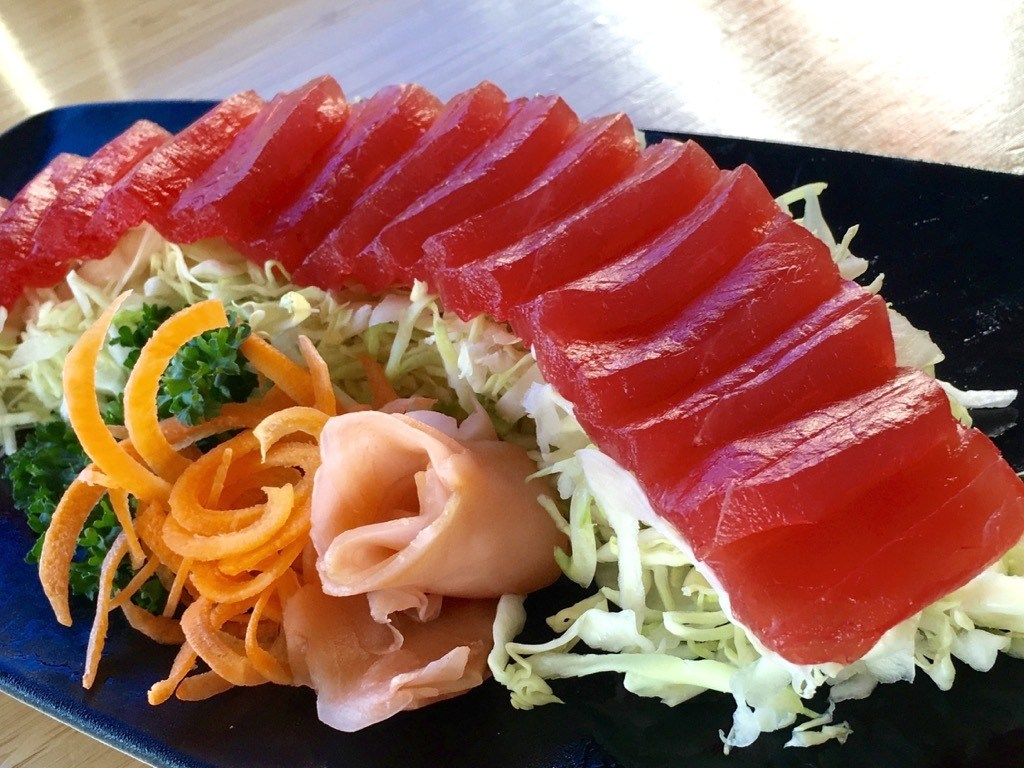 Best Restaurants in Lahaina, by Travel Blogger What The Fab