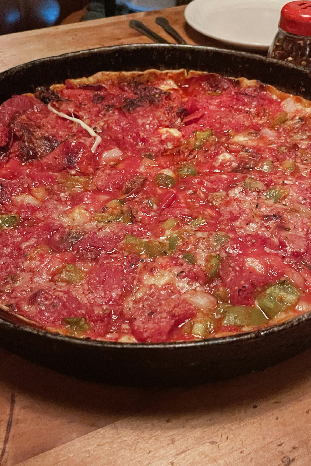 Famous Chicago foods you have to try, by travel blogger What The Fab