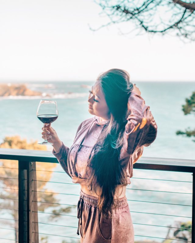 The views from our room at @timbercoveresort were 😍🌊🙌🏼. We had such an amazing stay here—such a nice change of scenery and wow the Sonoma Coast is just so beautiful.   Timber Cove's location is obviously very special, and you feel like you're on the edge of the world when you're there. Their food is awesome, there's free wine tasting Thursday evenings, & plenty of trails to hike around the property. Hard to think of anything better! 💙 #wtfabtravel