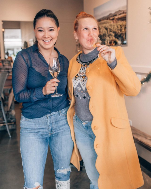 Tastemaker weekend in Healdsburg, one of my fav places, is coming up Jan 24 - 26th! 🍷 ⠀⠀ Healdsburg is full of gems, and now is the perfect time to visit. Here's a look at our recent trip:  Tasting at @sodarockwinery' new tasting room. Downtown Healdsburg is full of cute tasting rooms that you can walk to from your hotel. 👌🏼 ⠀⠀ Wine Tasting at @daverowines. We got to hear from Ridgely, winemaker and owner, all about how he got into wine and started his vineyard, which made it extra special. 🍷 ⠀⠀ Tasting at @courseygraveswine's beautiful tasting room in downtown. They recently had chocolates made specifically to pair with their wine tasting! 🍫 ⠀⠀ Insanely delicious dinner at @chalkboardhdbg. I've been wanting to dine here for awhile and their pastas are to die for. 🍝 ⠀⠀ Cutest breakfast delivery at the beautiful @Hotellesmarsofficial. 🥐 ⠀⠀ Loved the pastries & massive mocha at @Costeauxfrenchbakery. ☕️ ⠀⠀ Ended with a tasting at @cartographwines, where we got to sit down with the adorable husband and wife team behind Cartograph! 🍇  Get tickets for unique experiences like these for Tastemaker weekend on stayhealdsburg.com! 🎫 #wtfabtravel #healdsburg